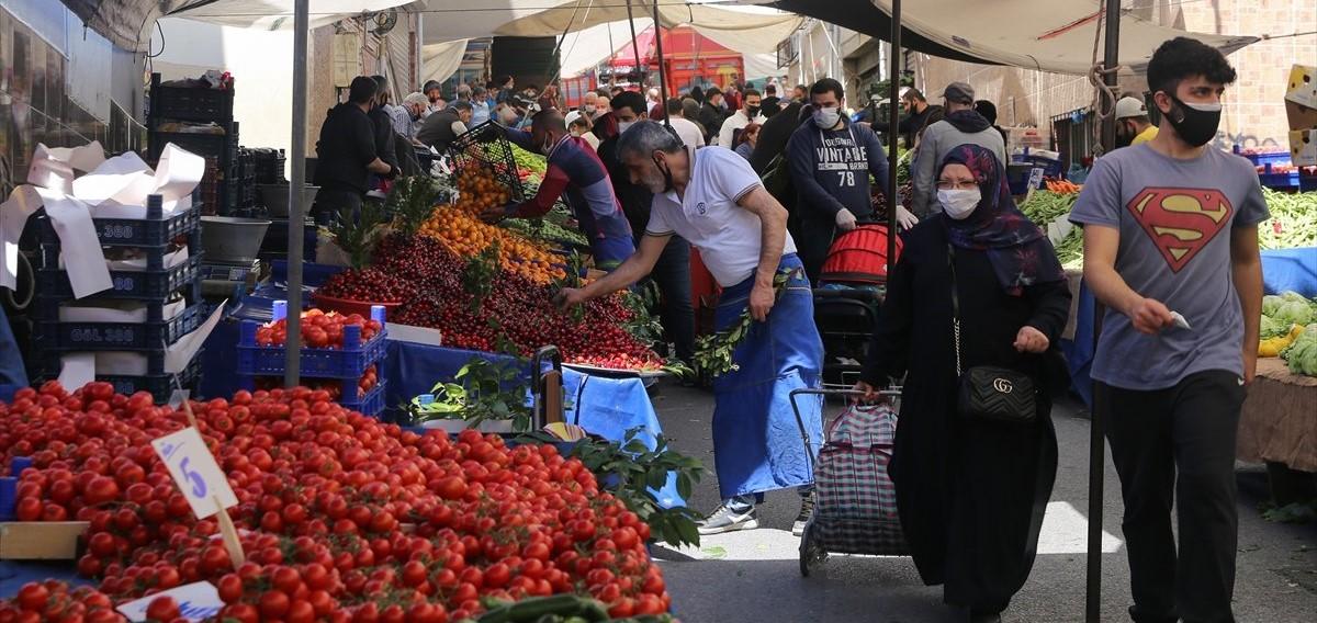 İstanbul'da alışveriş yoğunluğu yaşandı!