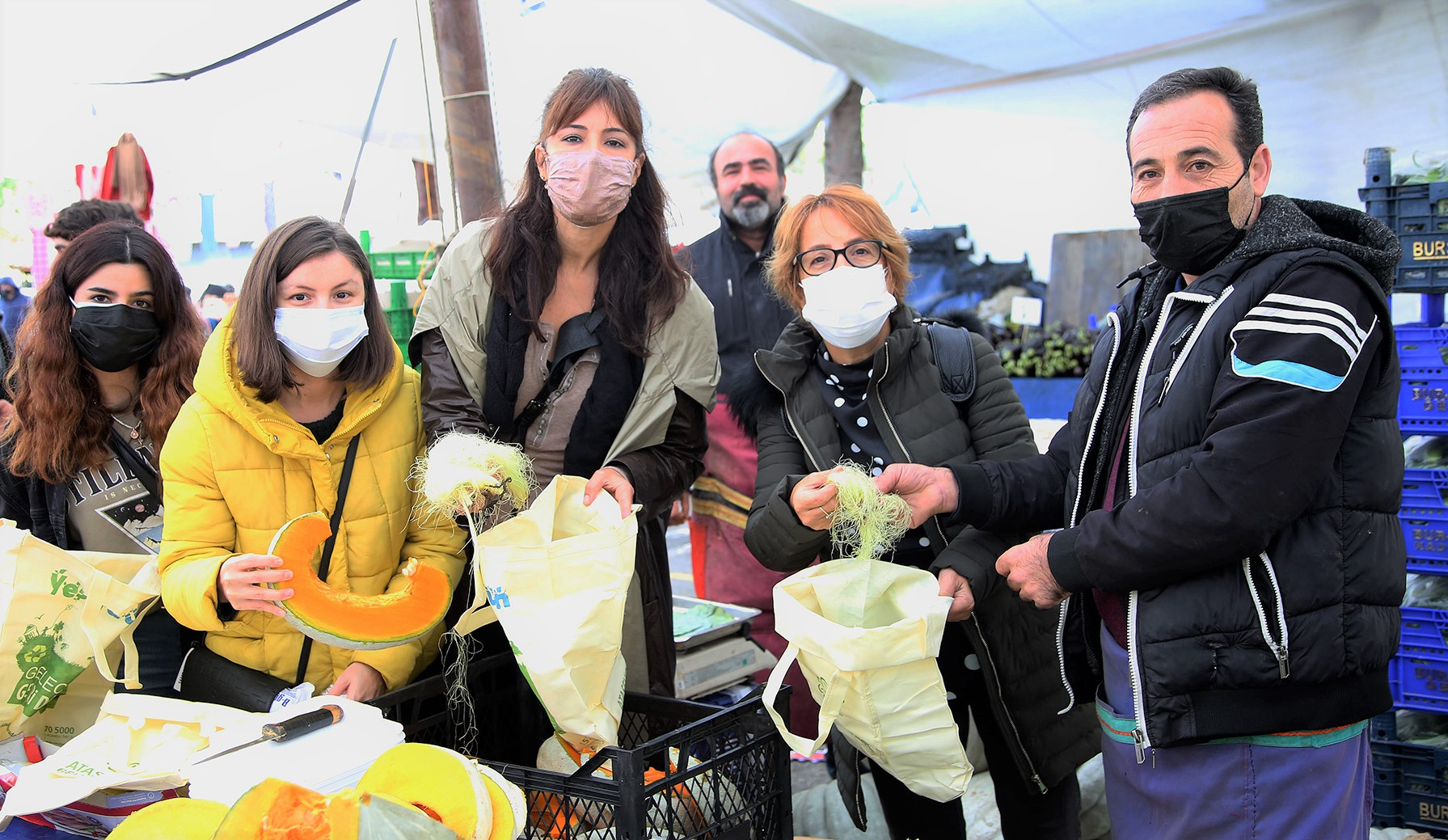 Ataşehir Belediyesi israfa karşı kolları sıvadı