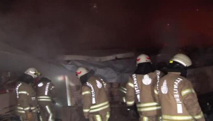 Ataşehir'de kısıtlama sabahına yangınla uyandılar