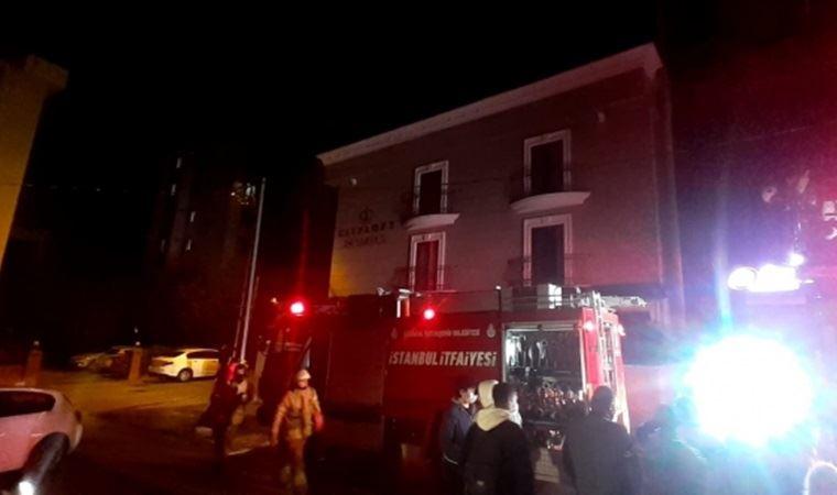 Ataşehir'de otel yangını: Müşteriler tahliye edildi