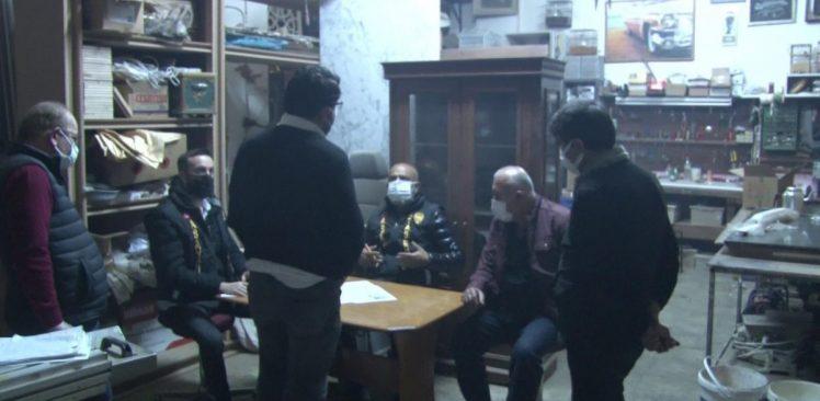 Ataşehir'de kumarhaneye çevrilen marangoza baskın