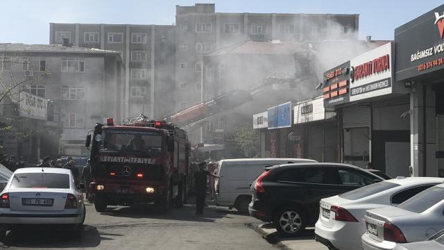 Ataşehir'de oto tamirhanesinde alevler yükseldi
