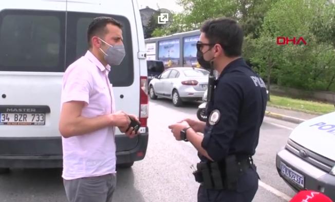 Ataşehir'de sahte belgeyle geçmek isterken yakalandı