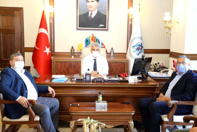 Başkan Abdullah Der'den Erzincan Valisi'ne ziyaret