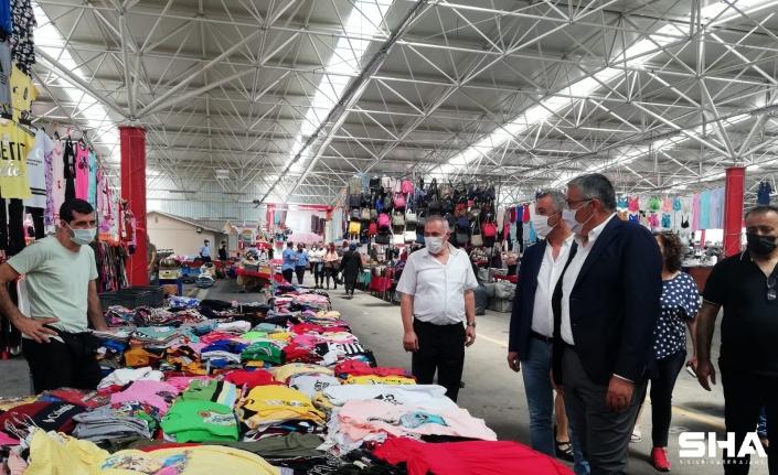 Ataşehir'de kapalı pazar hizmete açıldı