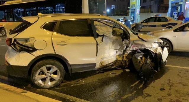 Ataşehir'de feci kaza: Karşı şeride fırladı